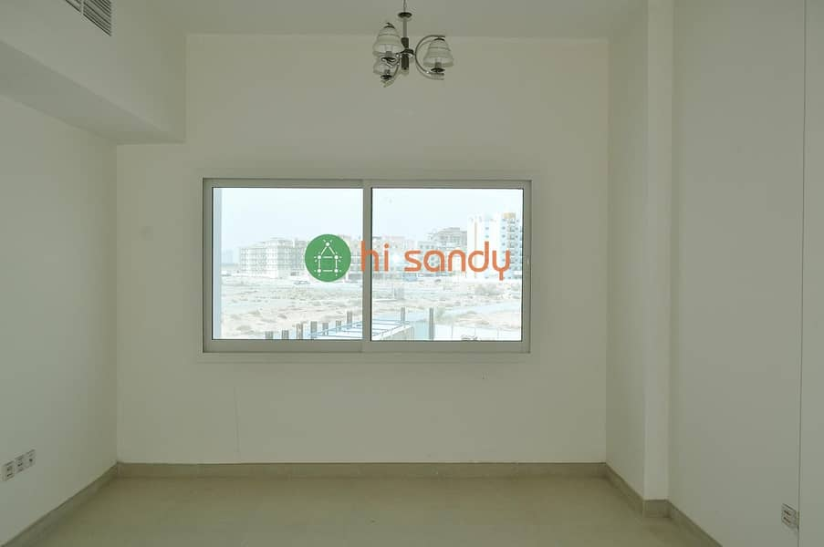 2 Brillian 2 Beds in International City No Commission