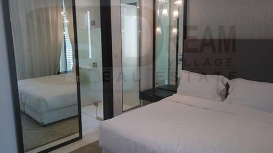 5 Bedroom Villa for Sale in Umm Suqeim, Dubai - Villa ready housing complete furniture and electrical appliances closest to Umm Suqeim.