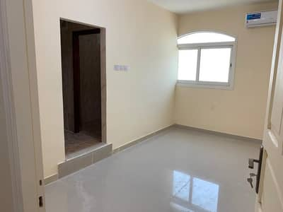 1 Bedroom Flat for Rent in Al Karamah, Abu Dhabi - 1bhk firist user near khalifa hospital and nation hospital