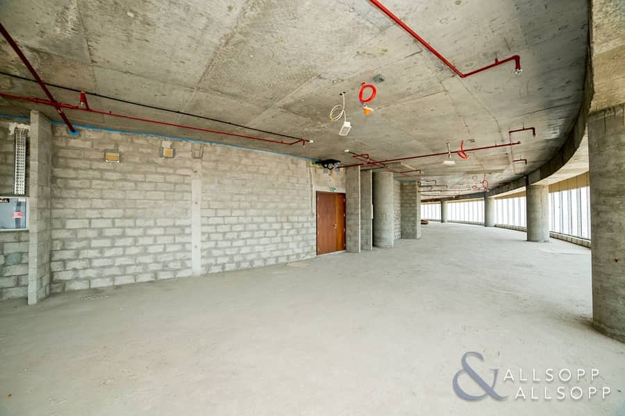 10 High Floor  49 Parking Spaces   Panoramic