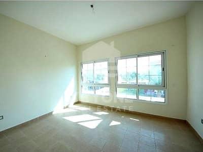 تاون هاوس 2 غرفة نوم للايجار في مثلث قرية الجميرا (JVT)، دبي - Spacious 2 Bed Plus Maid Townhouse in JVT