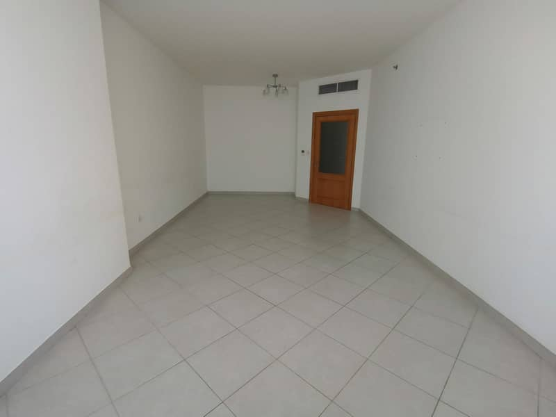 2 Luxurious 2 Br With Storage And One Month Free With Open View