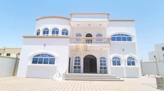 6 Bedroom Villa for Sale in Shakhbout City (Khalifa City B), Abu Dhabi - Super Deluxe Villa for Sale In Shakhbout City