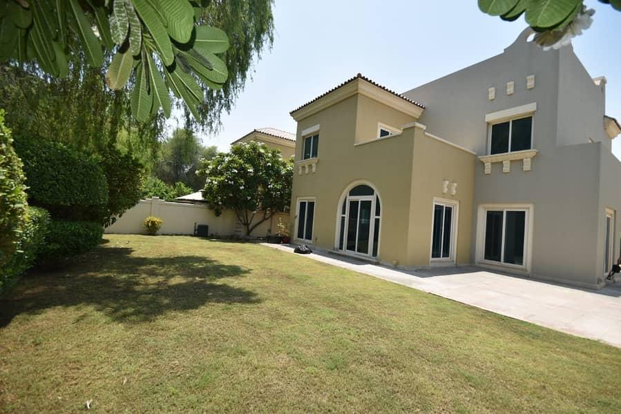 فیلا في فيكتوري هايتس مدينة دبي الرياضية 5 غرف 3600000 درهم - 4248670