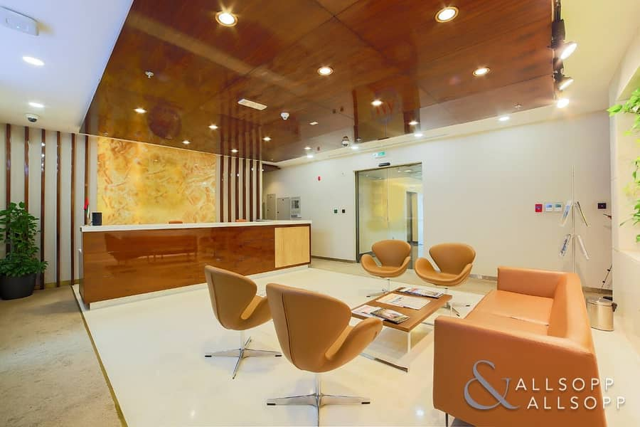 1 Full Floor Office | DIFC | Close to Metro