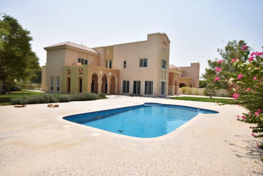 فیلا في فيكتوري هايتس مدينة دبي الرياضية 6 غرف 310000 درهم - 4249435