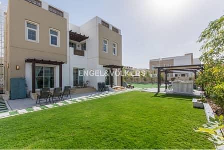 فیلا 5 غرفة نوم للبيع في مدن، دبي - Motivated Owner   Vacant   Park Facing