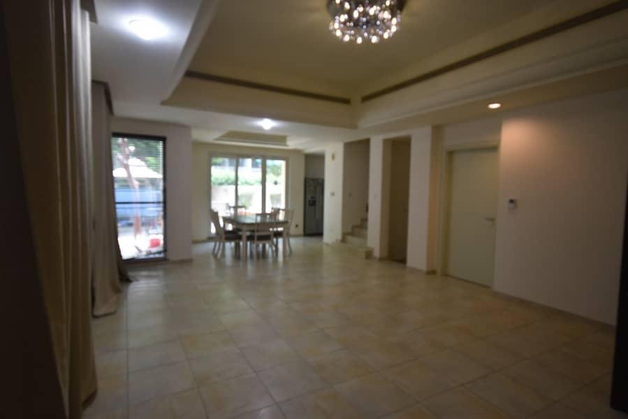 تاون هاوس في فيكتوري هايتس مدينة دبي الرياضية 4 غرف 130000 درهم - 4249507