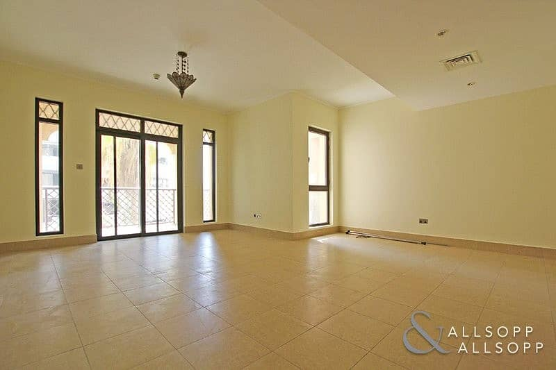 2 Bedrooms | Vacant | Close to Dubai Mall
