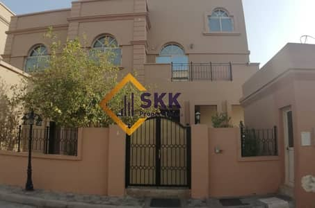 4 Bedroom Villa for Rent in Al Maqtaa, Abu Dhabi - Huge 4BR Villa with 2 Living rooms/Private Garden