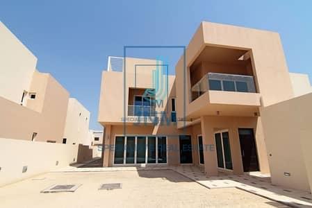 فیلا 5 غرفة نوم للايجار في واجهة دبي البحرية، دبي - Spectacular 5BR Villa in Veneto