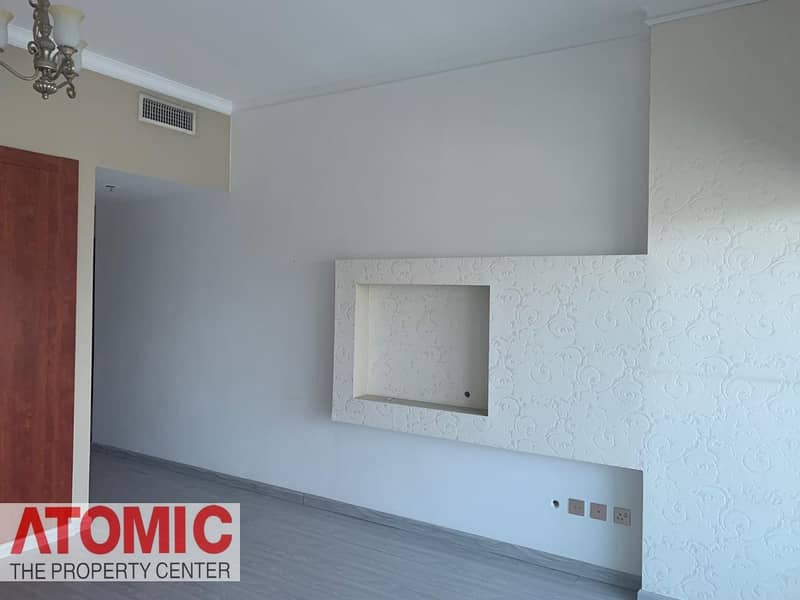 Investor Deal!Rented 1 Bedroom For sale in Op1!Large layout