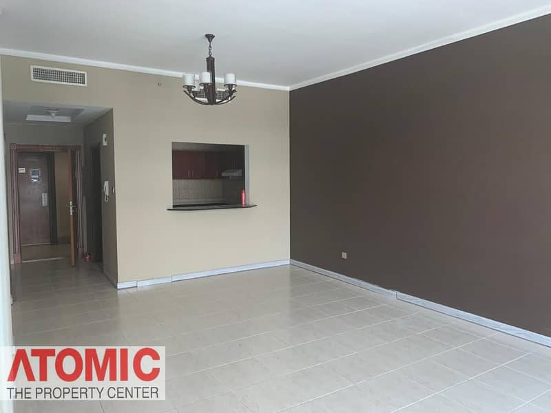 2 Investor Deal!Rented 1 Bedroom For sale in Op1!Large layout