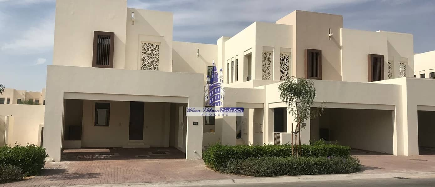 Corner unit with Big Plot Mira Oasis Type J for Investment