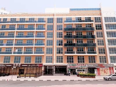 شقة 2 غرفة نوم للايجار في البرشاء، دبي - شقق فاخرة غرفتين و صالة  في البرشاء 1 (خلف مول الامارات)