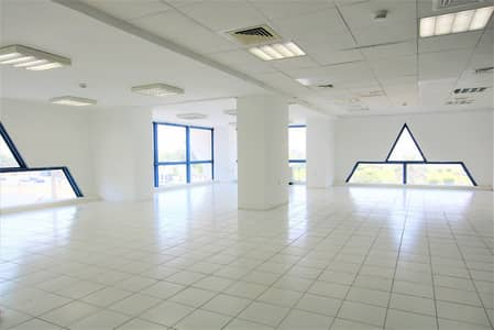 Office for Rent in Airport Street, Abu Dhabi - No Commission]Fabulous and Bright Office offered at a cheaper rental rate!