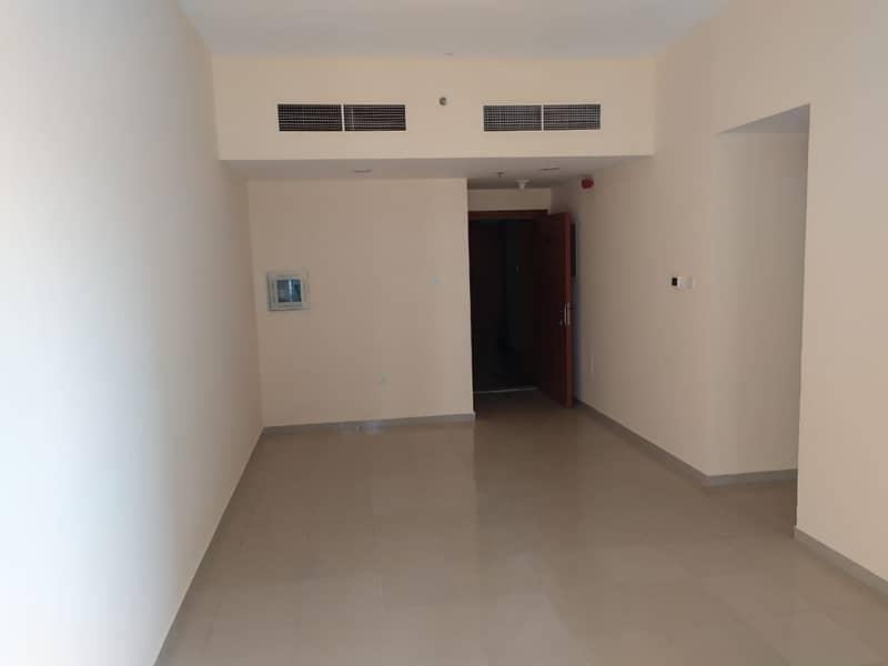 قاعة واحدة للبيع للبيع في برج اللؤلؤة