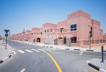 فیلا 4 غرفة نوم للبيع في ند الشبا، دبي - Local and GCC Buyers Payment Plan Available