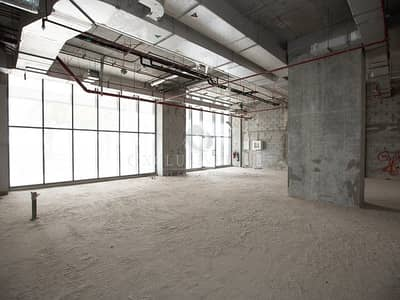 Shop for Rent in Business Bay, Dubai - Retail Shop in the Heart of busy Business Bay