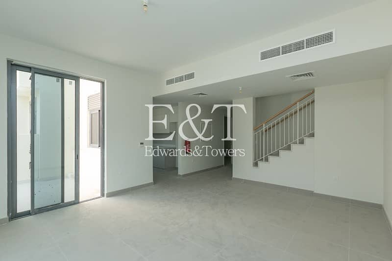 Viewing Possible | Single Row | 3 Bedroom+M | DH