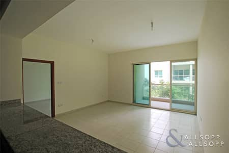 1 Bedroom Apartment for Sale in The Greens, Dubai - Quiet Garden Views | Vacant | One Bedroom