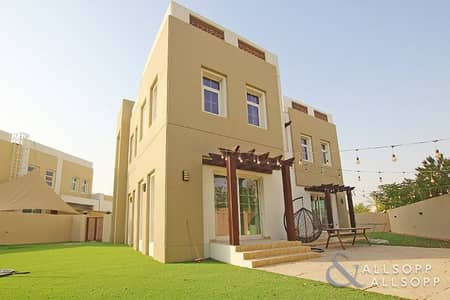 3 Bedroom Villa for Sale in Mudon, Dubai - Immaculate | Available | 3beds | Maids | 6