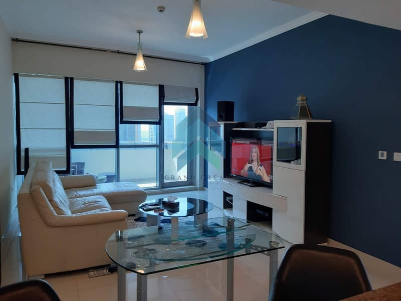 2 Furnished 3BHK+M | High Floor | Great View