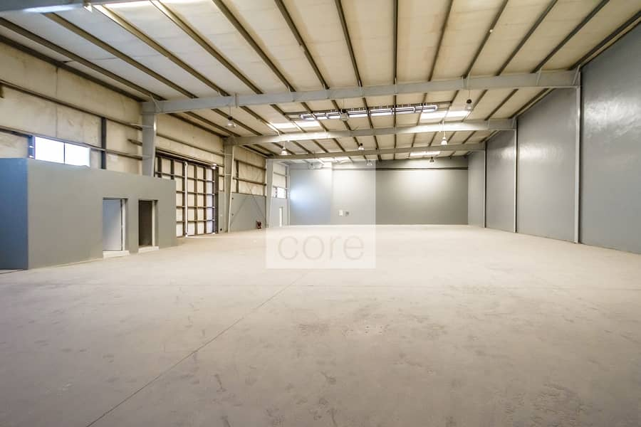 2 Fitted Warehouse | Parking | Freezone