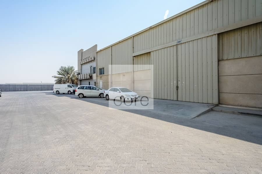 10 Fitted Warehouse | Parking | Freezone