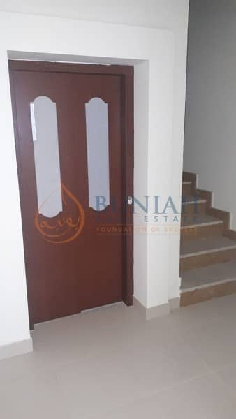 2 4 Bed Room with Maid Room and Terrace is for Sale in Majestic Tower