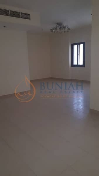 فلیٹ 4 غرفة نوم للبيع في التعاون، الشارقة - 4 Bed Room with Maid Room and Terrace is for Sale in Majestic Tower
