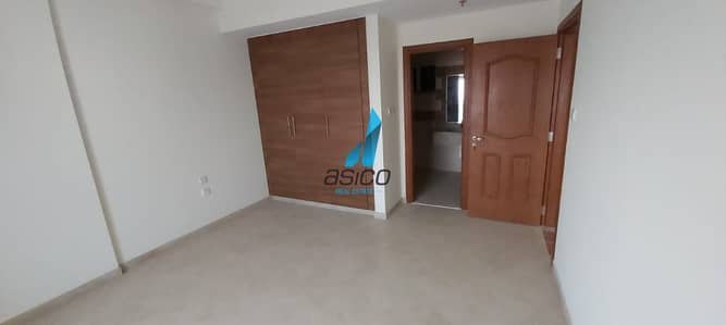 1 Bedroom Flat for Rent in Dubai Residence Complex, Dubai - Spacious 1 bedroom Chiller Free!!