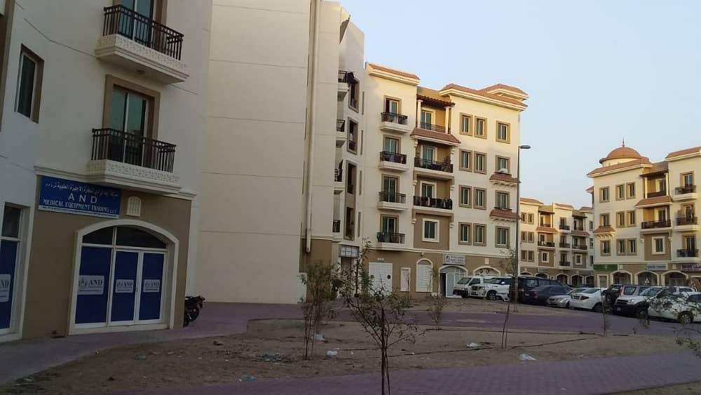 محل تجاري في طراز اليونان المدينة العالمية 22000 درهم - 4064167