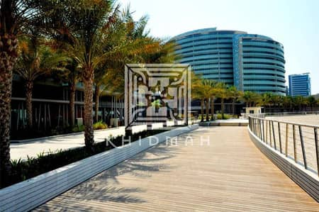 4 Bedroom Flat for Sale in Al Raha Beach, Abu Dhabi - Amazing Large 4-Bedroom + Maids room apartment with Balcony sea view