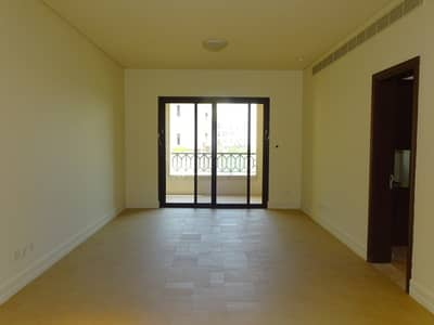 3 Bedroom Apartment for Rent in Saadiyat Island, Abu Dhabi - Huge 3BR  Aprt. w/ Balcony & Full Sea View