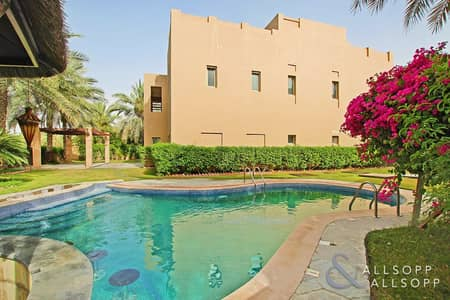 فیلا 5 غرفة نوم للايجار في السهول، دبي - Full Lake Views | Private Pool | 5 Bedroom