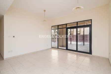 3 Bedroom Flat for Sale in The Views, Dubai - Private Courtyard | Large Layout  | Laundry
