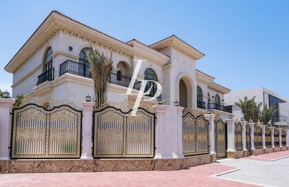 24 Luxurious Custom-Built Villa at Pearl Jumeirah
