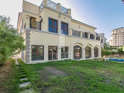 فیلا 6 غرفة نوم للبيع في عقارات جميرا للجولف، دبي - Elegant 6 Bed Villa with Serene Location