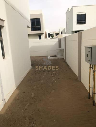 3 Bedroom Villa for Sale in Umm Suqeim, Dubai - AMAZING VILLA ONLY 10% LUXURY FINISHING