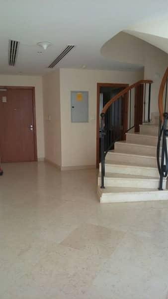 Amazing 2 Bedroom Duplex in Dorra Bay Marina
