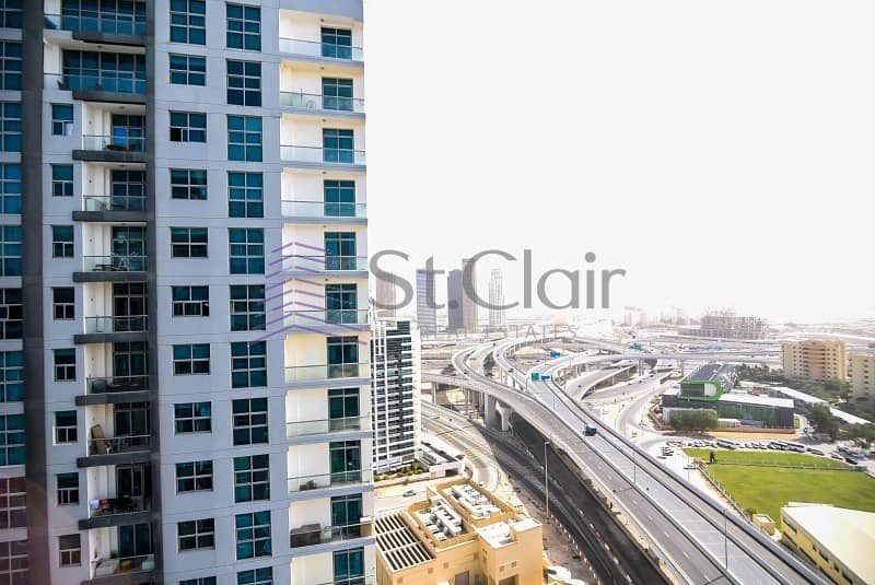 18 Chiller Free 2 Beds with large Balcony | Mid Floor