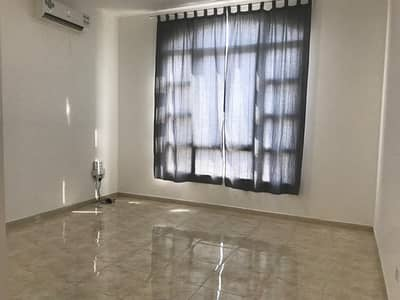 Studio for Rent in Al Maqtaa, Abu Dhabi - GREAT LOCATION!Amazing studio apartment with Tawtheeq.