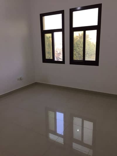 1 Bedroom Apartment for Rent in Al Mushrif, Abu Dhabi - 1 bedroom in side compound with tawteeq no commission Permit parking
