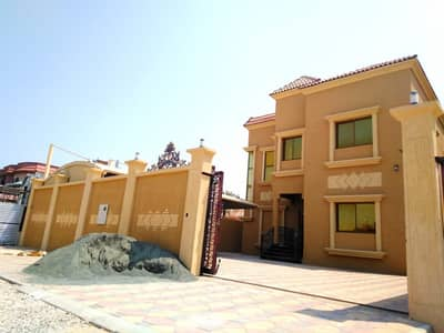 فیلا 5 غرفة نوم للبيع في الروضة، عجمان - فيلا تصميم وتشطيب ممتاز للبيع فى عجمان