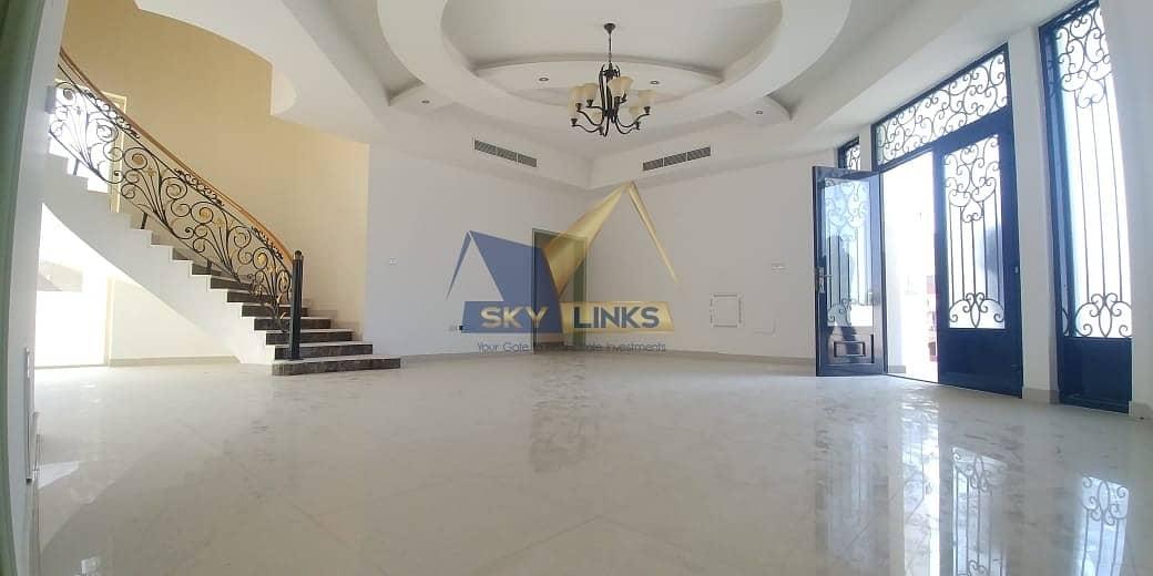 Huge 4 Bedroom Villa  for Rent in Al Barsha