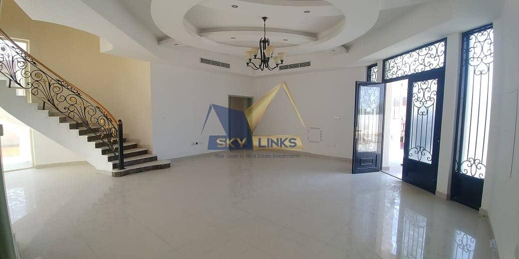 15 Huge 4 Bedroom Villa  for Rent in Al Barsha