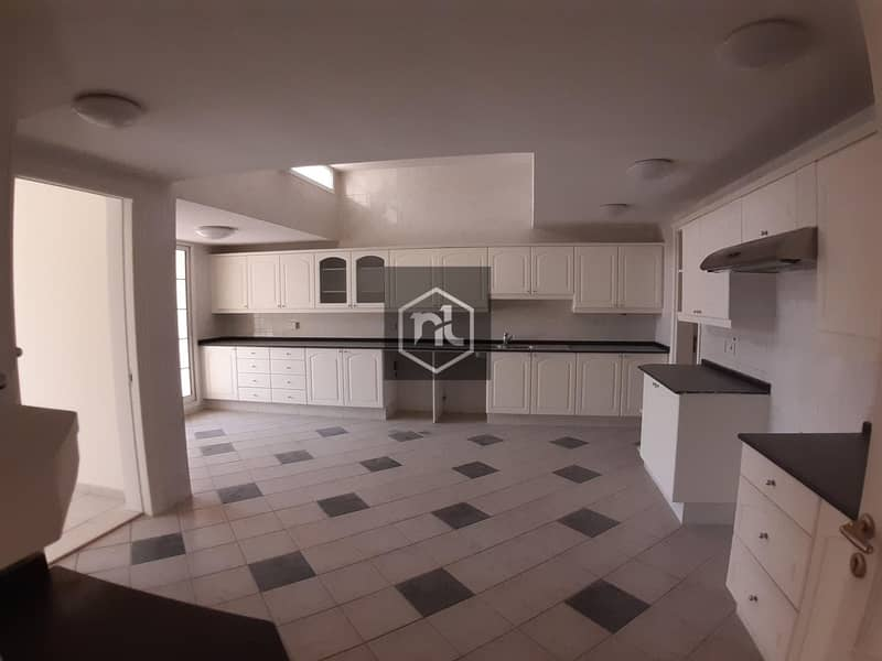 2 SPACIOUS 5 BED ROOM | PRIVATE POOL | LAND SAPPED GARDEN | AL MANARA
