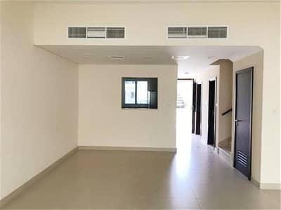 فیلا في قرية ورسان المدينة العالمية 3 غرف 79999 درهم - 4238571