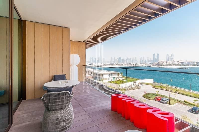 Luxurious 1BR Apt w/ Superb Views